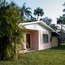 PalmShade Florida Vacation Homes For Rent In Sebastian Vero Beach Indian River County Vintage Bungalow Charming Carefree Home Near